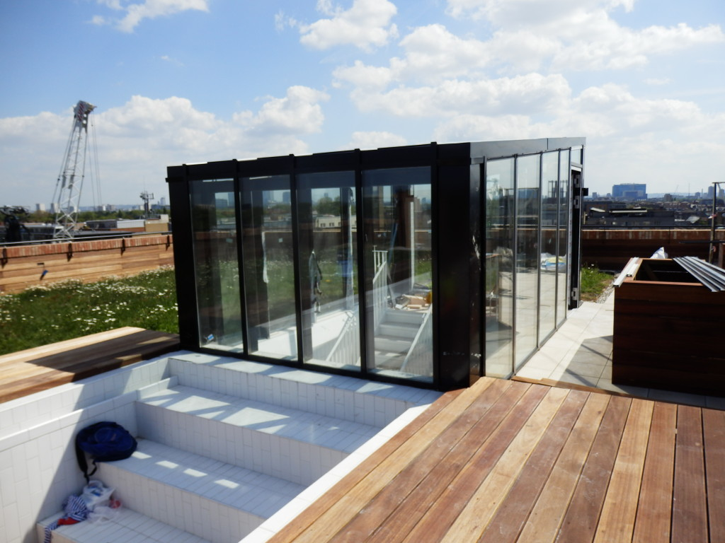 Sidworth Street - Rooftop pool and terrace